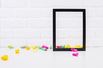 Emnpty see-through frame