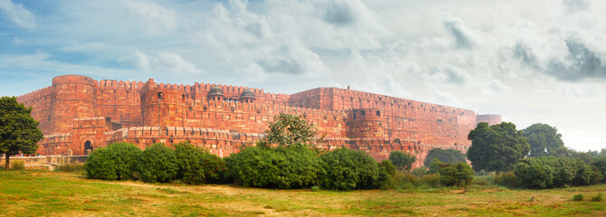 Panorama of the ancient Red Fort in Agra. India Fototapete