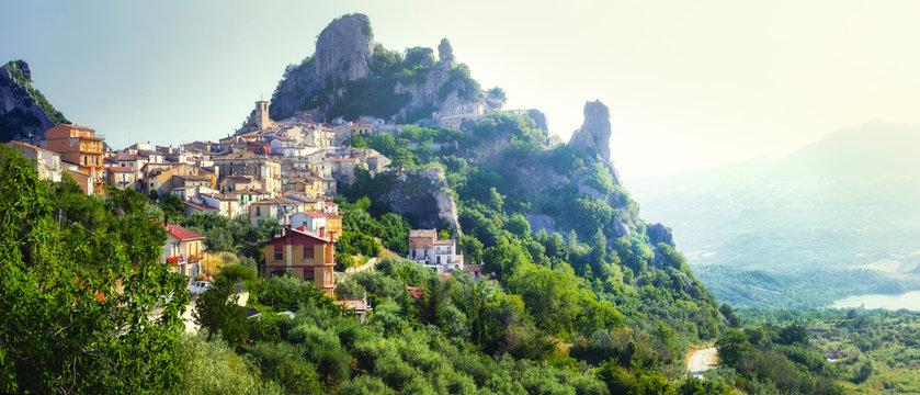 beautiful scenery of Italian villages (borgo) - Pennadomo in Abruzzo