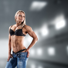 Bodybuilder woman in bikini