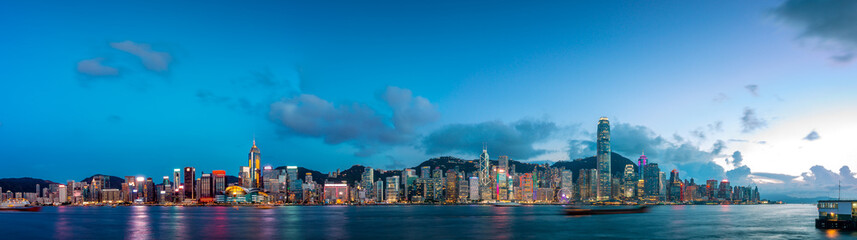 Foto auf Acrylglas Hongkong Hong Kong Victoria Harbor in magic hour