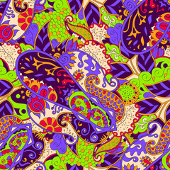 Tracery seamless calming pattern. Mehendi design. Ethnic colorful doodle texture. Indifferent discreet. Curved doodling mehndi motif. Vector.