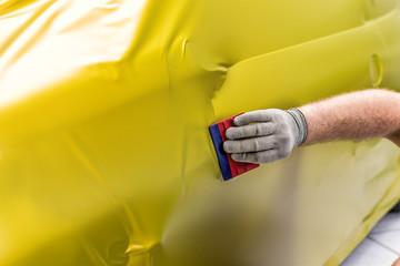 profi foliert auto mit matt folie in gelb car wrapping auto folierung