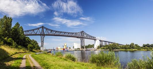 Historische Eisenbahnhochbrücke bei Rendsburg über den Nord-Ostsee-Kanal