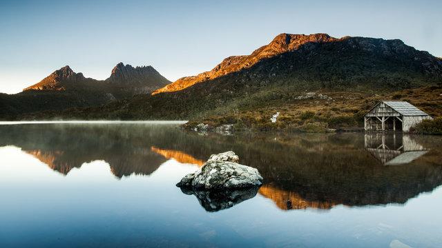 Morning glow at Cradle Mountain National Park, Tasmania