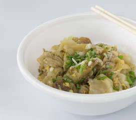 Stir-fried fresh rice-flour noodles