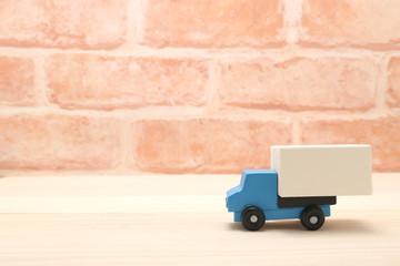 ミニカーのトラック ミニチュア 流通イメージ