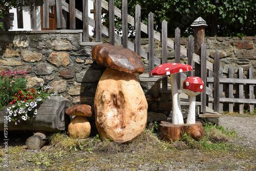 Decorazioni In Legno Per Giardino : Decorazioni giardino funghi fiore fioriere legno decorazioni in
