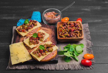 Sandwiches bruschetta with olives