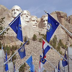 Mt. Rushmore National Memorial, Flags of the States