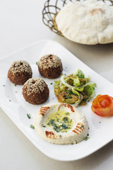 falafel hummus houmus starter snack food mezze platter