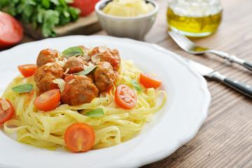 Tagliatelle pasta with meatballs