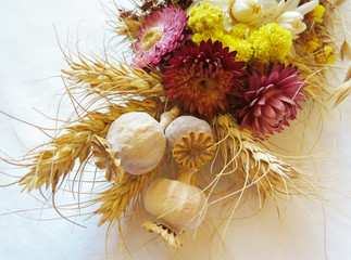 bouquet of dried flowers and poppies