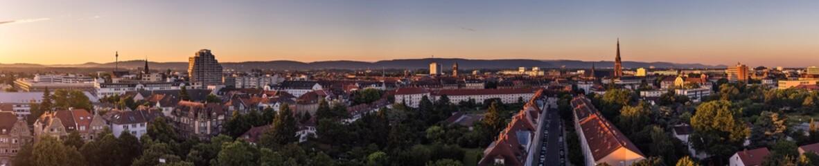 Sonnenaufgang über Karlsruhe