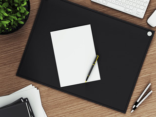 Лист бумаги на рабочем столе