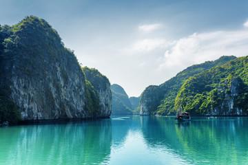 Beautiful view of lagoon in the Ha Long Bay, Vietnam - fototapety na wymiar