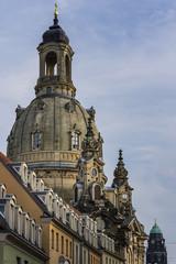 Dresden mit Kuppel der Frauenkirche