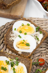Healthy whole wheat sandwiches with eggs and chives