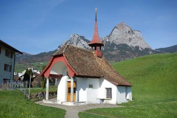 Kapelle vor der kleinen und großen Mythe
