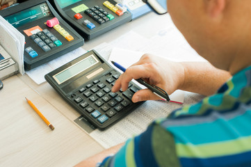 adult man expects earnings calculator money in rubles