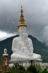 Five sitting buddha image.
