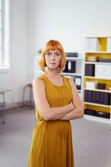 designerin in ihrem büro
