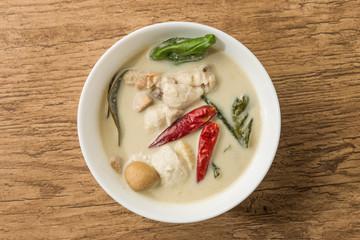 タイのスープ トムカーガイ  Thai soup tom-kha-kai