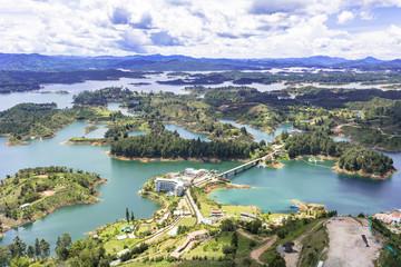 世界遺産の街・グアタベのグアタベ湖
