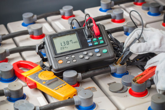 Electrician used digital battery tester