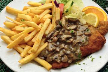 Schnitzel with mushroom sauce
