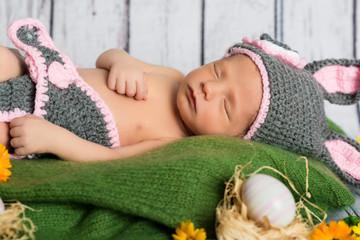 Neugeborenes Baby, Newborn, Vintage, Ostern