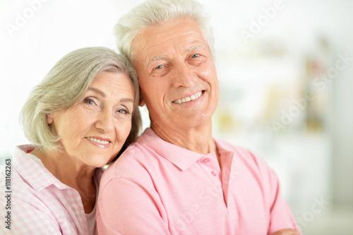 happy senior couple stockfotos und lizenzfreie bilder. Black Bedroom Furniture Sets. Home Design Ideas
