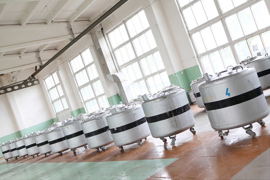 Liquid nitrogen laboratory