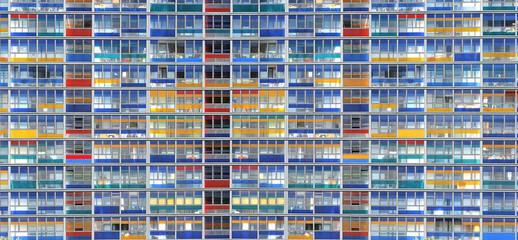 Lille / Façade d'immeuble à Euralille