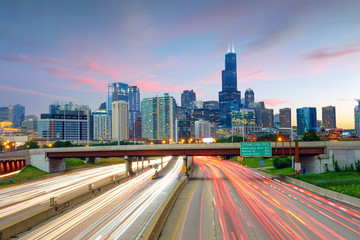 Photo sur Toile Chicago Chicago downtown skyline at twilight