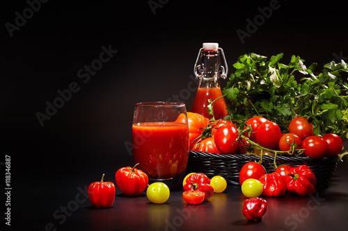 еда помидоры сок томатный ложка  № 2891443 бесплатно