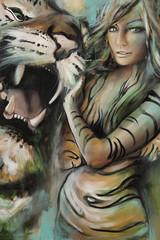 Frau mit Tiger
