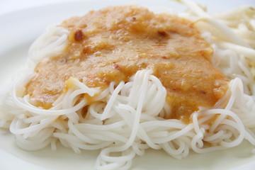 Rice noodles in sweet curry sauce, Thai food, Kanomjeen Namprik