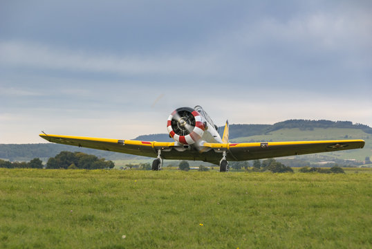 Warbird au décollage