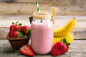 Fresh strawberry and banana smoothie