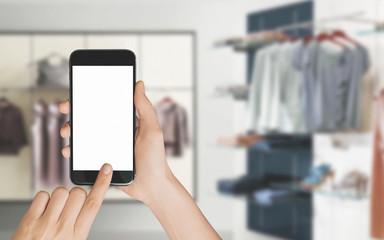 Cellulare smartphone in mano mandare messaggi