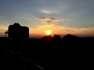 Urlaubsfoto beim Sonnenuntergang schießen