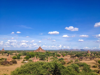 Foto op Aluminium Pagoda landscape in the plain of Bagan, Myanmar (Burma)