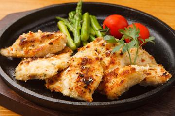 鶏肉の香草パン粉焼き