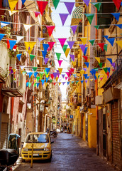 Photo sur Plexiglas Naples Narrow street in old town of Naples city in Italy