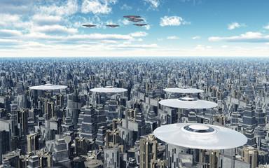 Fliegende Untertassen über einer Megastadt