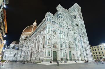 Fototapete - Basilica of Santa Maria del Fiore (Basilica of Saint Mary of the Flower) in Florence,Tuscany,Italy
