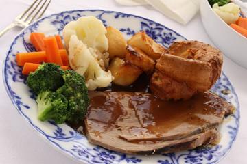 traditional roast beef dinner