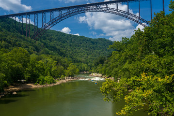 Fototapete - Rafters at the New River Gorge Bridge in West Virginia