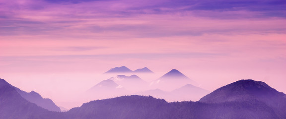 Photo sur Aluminium Prune purple Volcano sunrise